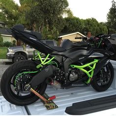 Located in OC/LA area. ・・・ Will be upFOR SALE in the next couple weeks.under 200 miles clean tittle pink in hand. Kawasaki Motorcycles, Cars And Motorcycles, Stunt Bike, Baby Bike, Sportbikes, Couple Weeks, Street Bikes, Biker Style, Bike Life
