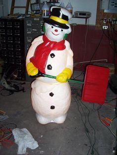 Vintage Christmas Blow Mold ~ Empire Plastic Mechanical Snowman