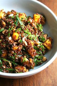 18 Best Quinoa Salad Recipes on the Interwebs: Quinoa Salad with Mango, Lime and Ginger