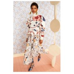 "Ulla Johnson on Instagram: ""Our new season tree of life print- seen here unfurling on poplin and embroidered onto an intarsia knit handmade with our artisan partners…"" Fashion Network, Global Style, Ulla Johnson, Poplin, Autumn Fashion, Kimono Top, Cold Shoulder Dress, My Style, How To Wear"