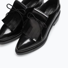 BLUCHER WITH FRINGES - Flats - Shoes - WOMAN | ZARA United States