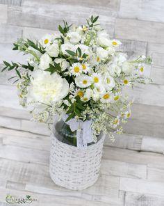 Fonott váza fehér mezei csokorral (15 szál)