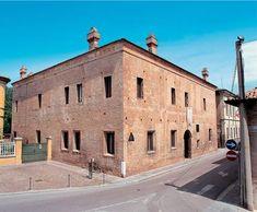 Mantua / Mantova (Lombardy, Italy), Casa Mantegna, Via Acerbi 47 (House of Mantegnas, building begun in 1476 after own design).
