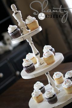 DIY Shanty Cupcake Tower - can't wait to make this! Crafts For Teens To Make, Crafts To Sell, Diy And Crafts, Simple Crafts, Diy Projects Plans, Diy Craft Projects, Wood Projects, Craft Ideas, Welding Projects