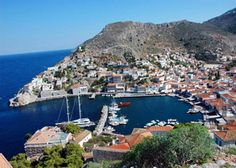 Athens one day cruise. A day cruise to Hydra, Poros, Aegina. The best and most famous day cruise in Greece Places To Travel, Places To Visit, Empire Ottoman, Greece Honeymoon, Greece Islands, Island Beach, Ancient Greece, Vacation Destinations, Beautiful Places