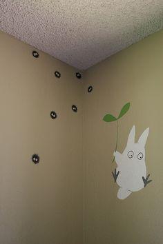 Totoro and soot sprite wall art! I will make a Miyazaki mural in my home. Totoro Nursery, Totoro Bedroom, Deco Kids, My Neighbor Totoro, Hayao Miyazaki, Deco Design, New Room, Studio Ghibli, Kids Room