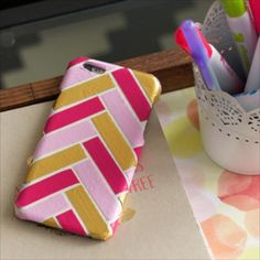 Design a cute duct tape cell phone case that fits your personal style using your favorite Duck® brand prints and colors. http://www.duckbrand.com/craft-decor/activities/cell-phone-case-design?utm_campaign=dt-crafts&utm_medium=social&utm_source=pinterest.com&utm_content=duct-tape-crafts-fashion