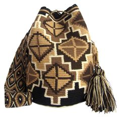 Tierrita Brown Mochila Wayuu Bag | Handmade and Fair Trade Wayuu Mochila Bags – LOMBIA & CO. | www.LombiaAndCo.com