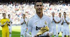 Prediksi Skor Bola : Keberhasilannya jadi topskorer Liga Spanyol, Cristiano Ronaldo juga meraih status prestisius lainnya. Dia dipastikan jadi topskorer kompetisi Eropa musim ini dan berhak atas European Golden Shoe.