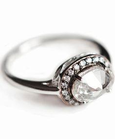 Oval Rosette Ring