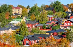 Porvoo, syksy | Autumn Cities, Places To Go, Beautiful Pictures, Mansions, House Styles, Finland, Mansion Houses, Pretty Pictures, Villas
