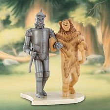 Tin Man and the Cowardly Lion came out of the closet as lovers . Cowardly Lion, Land Of Oz, Tin Man, Over The Rainbow, Wizard Of Oz, Lions, Princess Zelda, Cats, Fictional Characters