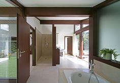 Kundenhaus - Brixental | Badezimmer | Finden sie mehr Informationen zu diesem Kundenhaus auf http://www.davinci-haus.de/haeuser-standorte/kundenhaeuser/wilder-kaiser-brixental/ #Traumhaus #Fertighaus #Holfachwerk