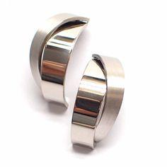 Choosing Diamond and Gemstone Rings Ear Jewelry, Fashion Jewelry Necklaces, Diamond Jewelry, Jewelery, Silver Jewelry, Jewelry Accessories, Minimal Jewelry, Simple Jewelry, Gold Bangles Design