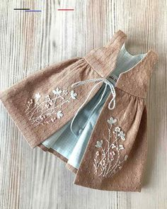 - Diy Abschnitt, Source by - Baby Girl Fashion, Kids Fashion, Baby Dress Design, Kids Frocks, Doll Dress Patterns, Girl Doll Clothes, Barbie Clothes, Little Girl Dresses, Fabric Dolls