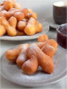 Hungarian Cake, Pretzel Bites, Donuts, Bacon, Food And Drink, Bread, Gastronomia, Amigurumi, Beignets