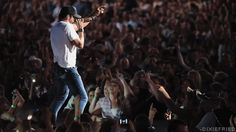 Luke Bryan GIFs: Country Boy Shows Off His Best Booty-Shaking Moves