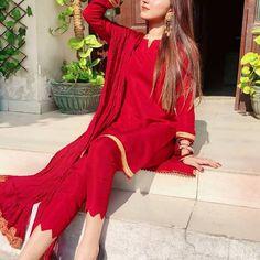 Beautiful Pakistani Dresses, Pakistani Dresses Casual, Pakistani Dress Design, Pakistani Clothing, Pakistani Couture, Eid Dresses, Pakistani Girl, Indian Couture, Wedding Dresses