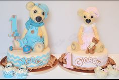 Vintage teddy cakes