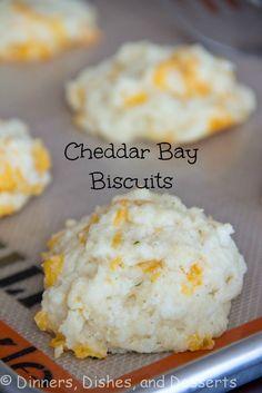 Cheddar Bay Biscuits | @dinnersdishesdessert