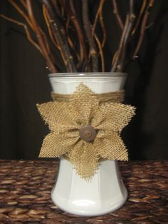 Burlap Flower Decorative Vase by HeartsofFireboutique on Etsy Burlap Projects, Burlap Crafts, Diy Projects To Try, Crafts To Do, Shabby Chic Flowers, Burlap Flowers, Fabric Flowers, Paper Flowers, Easy Adult Craft