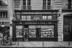 https://flic.kr/p/X7mJRa | Rue de Paris | Leica M8, Tri-Elmar WATE