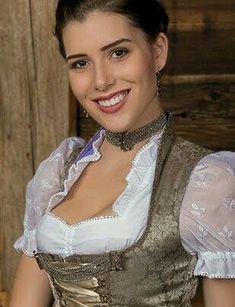 German Girls, German Women, Beer Fest, Traditional Dresses, Looks Great, Women Wear, Classy Women, Vintage Stuff, Corsets