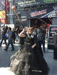 This Aldrich from Souls 3 costume cost $200 and over 80 hours to make. Check out how she made her outfit and the best outfits from Comic Con here.