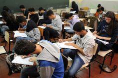 """BLOG ÁLVARO NEVES """"O ETERNO APRENDIZ"""" : MAIS DE 8,4 MILHÕES DE ESTUDANTES REALIZAM AS PROV..."""