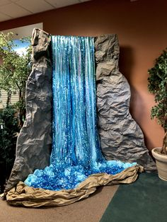 Amazing Dimensional Waterfall Stage Prop Vbs Ideas From Di Jungle Decorations, School Decorations, Waterfall Decoration, Jungle Party, Forest Party, Jungle Safari, Free To Use Images, Vbs Crafts, Vacation Bible School