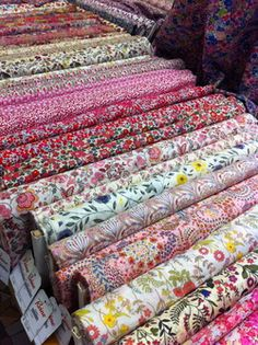 Fabric Store - Tissus Reine at the Marche St. on rue Livingstone Fabric Websites, Paris Couture, Asian Quilts, Textiles, Penny Rugs, Fabric Names, Shopping World, English Paper Piecing, Liberty Fabric