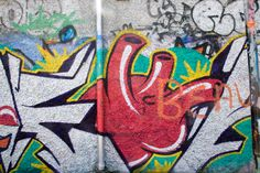 DUBLIN GRAFFITI - DUBLIN DOCKLANDS - [ Photo is licensed under a Creative Commons Attribution-ShareAlike License. Visit: http://free-stock-photographs.storopa.com/dublin-graffiti-dublin-docklands-10/ ] #infomatique