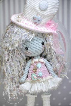 Irresistible Crochet a Doll Ideas. Radiant Crochet a Doll Ideas. Dragon En Crochet, Crochet Dragon Pattern, Crochet Doll Pattern, Crochet Patterns, Crochet Diy, Crochet Chart, Crochet Classes, Crochet Projects, Knitted Dolls