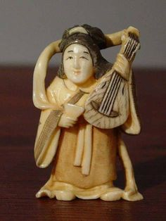 Japanese Netsuke lute musician