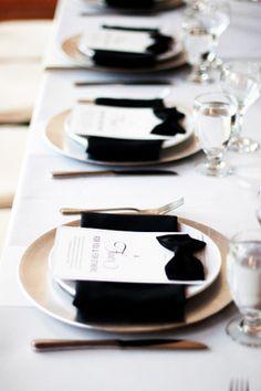 Bow ties - Black and White Wedding Decor White Table Settings, Wedding Table Settings, Place Settings, Setting Table, Table Wedding, Reception Table, Wedding Reception, Deco Buffet, Deco Table