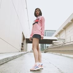 Anne Curtis Outfit, Anne Curtis Smith, Celebs, Celebrities, Sweater Weather, School Outfits, Ulzzang, Celebrity Style, Ootd