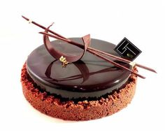 Chocolate Cake Designs, Best Chocolate Cake, Chocolate Art, Patisserie Fine, Patisserie Design, Pastry And Bakery, Pastry Cake, Mini Desserts, Plated Desserts