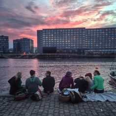 Lots of great places to hang-out in #Copenhagen! Here's a great spot at Islands Brygge Harbour, #Copenhagen #hygge