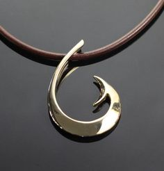 Anisa Jewelry is a unique nationwide fishing jewelry providers. Just because of our stylish, eye-catching and handmade silver and Fish Hook Pendant jewelry products. We offer you our fishing hooks jewelry products like Fish Hook Pendants, fly fishing jewelry, bracelets, and necklaces.Our products are manufactured by using high-quality materials along with latest techniques and technologies in which our artisans are experienced and skillful.
