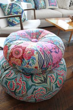Honey Bun Poufs,  pattern by Amy Bradley for 2 sizes