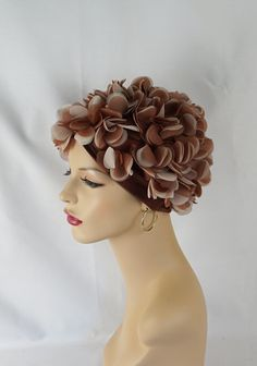 Vintage 1970s Hat Taupe and Tan Nylon Petal Stretch Knit Head Cover Sz 22