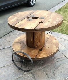 A DIY project by the hubby and I. Side table for a rustic family room made from an electrical wire spool. Wire Spool, Wooden Spools, Diy Projects To Try, Wood Projects, Furniture Ideas, Outdoor Furniture, Decks And Porches, Finding A House, Outdoor Play