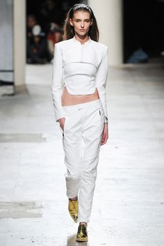 #BarbaraBui #SS2015 #Catwalk #PFW #Paris #trends #White #croppedTop