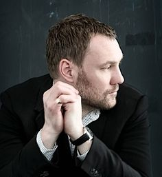 Listen to music from David Gray like This Year's Love, Babylon & more. Find the latest tracks, albums, and images from David Gray. Listening To Music, My Music, Music Stuff, Live Music, David Gray, My Favorite Music, Reggae, Music Artists, Make Me Smile
