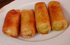 Otra receta Oriental de Elche… Lo bueno de hacerlo uno mismo es que lo adapta a sus gustos, en casa no le ponemos nada de carne, nos gustan solo de verdura. Y la verdura también puede ser la que te guste….ademas puedes tener el relleno preparado con antelación y montar los rollitos cuando los vayas … Key Lime Pie, Canapes, Mediterranean Recipes, Hot Dog Buns, Sweet Potato, Entrees, Food To Make, Brunch, Appetizers