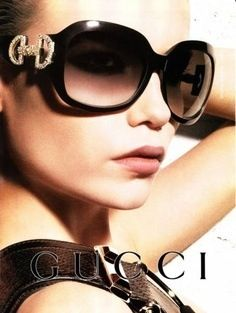 Gucci sunglasses make to be extremely significant part of fashion. Gucci sunglasses have more variety of fashion. You look more beautiful by wear it. Sunglasses Outlet, Gucci Sunglasses, Ray Ban Sunglasses, Round Sunglasses, Sunnies, Luxury Sunglasses, Sunglasses Women, Trending Sunglasses, Prescription Sunglasses