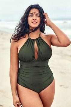Olive Halter Plus Size One Piece Swimsuit – Cupshe Sexy Bikini, Bikini Girls, Bikini Tops, Curvy Bikini, Curvy Swimwear, Women's Swimwear, Swimwear Fashion, Plus Size One Piece, Looks Plus Size
