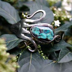 Brazalete con tenedor antiguo de alpaca y turquesa de Allegra Aubert  #art #handmade #bracelet