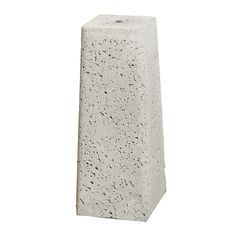 JUSTERBAR PLINT 700MM Justerbar plintexklusive stolpskoi betong, används vid byggnation av bland annat plank, pergola, carports, uterum, förråd, växthus