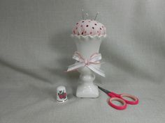 Pincushion Offwhite Mini Vase with Pink Dotty by NicuNeedles, $8.99